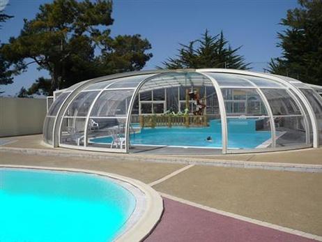 camping avec piscine couverte